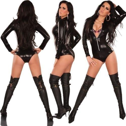 Body Pleasure Kinky kostume i latex - S/M